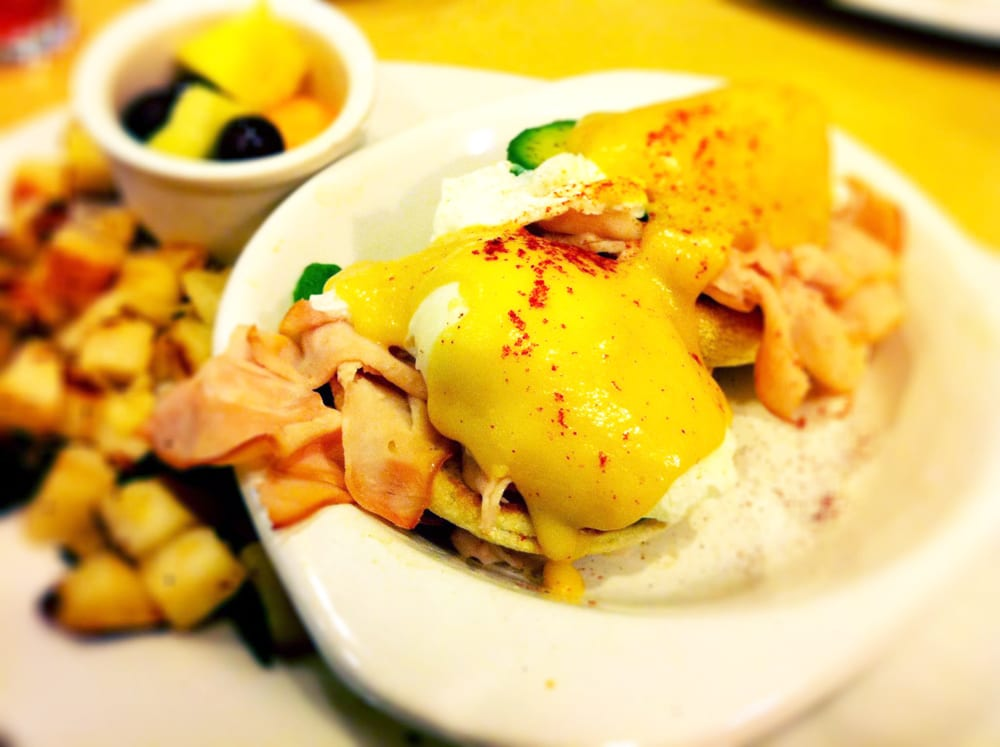 Eggs Benedict Smoked Turkey & Avocado from First Watch
