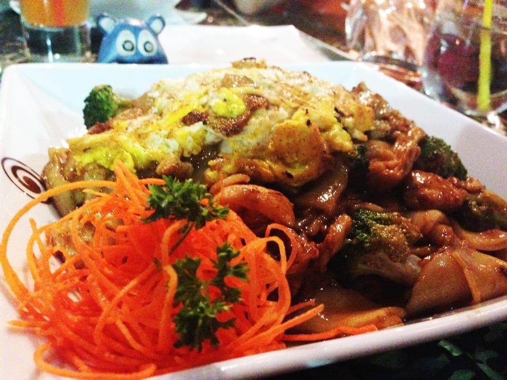 Pad See Ew Noodles @ Thai Pavilion