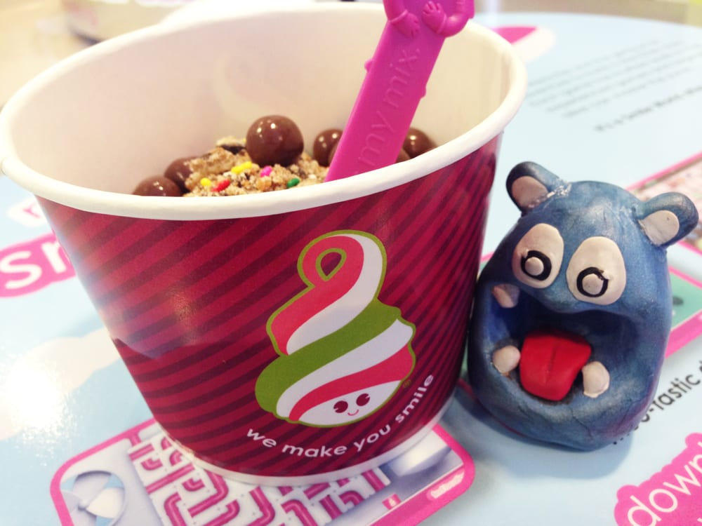 Samoa Cookie FroYo from Menchie's Frozen Yogurt