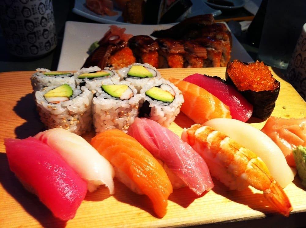 Sushi Deluxe Box from Niwano Hana