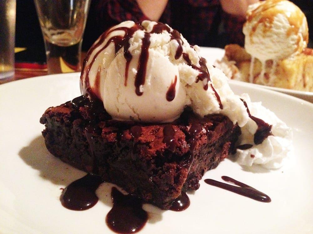 Brownie + Ice Cream @ Pig & Fish Rehoboth